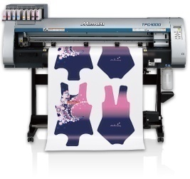 "The Mimaki sublimation transfer printer appeared at an event ""Glitch@TOKYO kaihou-ku"""